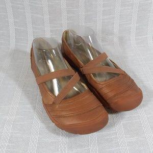 Keen Rivington II Cross Cross Ballet Flats 9.5
